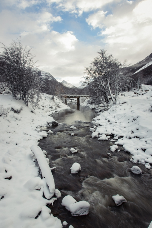Llegando a Ushuaia sigo disfrutando de un millón de paisajes pintados por la nieve