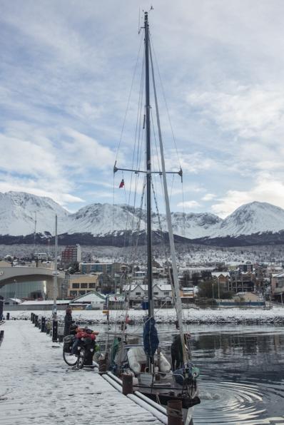Finalmente me toca desembarcar en Ushuaia. Ahora nuevos kilometros con Makalu me esperan, hasta siempre Klepper.