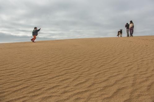 Paseo en familia por las dunas del Cabo Polonio