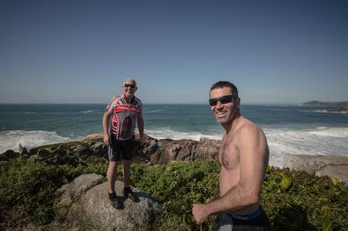 Ernesto y Sandro disfrutando de las vistas.