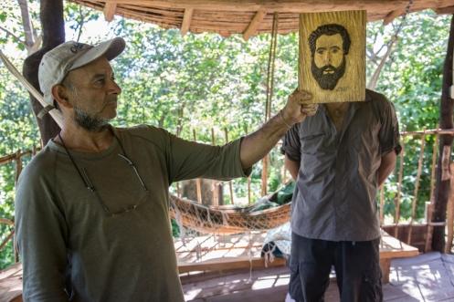 César me ha hecho una talla retrato.