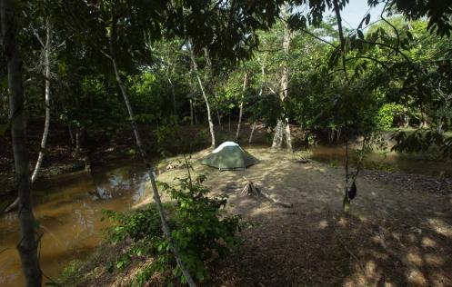 Unos días de descanso en una pequeña aldea cercana a Iquitos. Padre Cocha.
