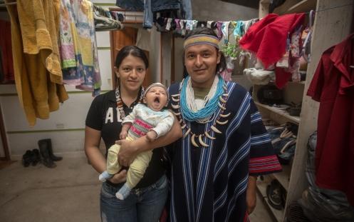 Wilson y su familia me acogen en su casa de Mocoa. Es hijo de Chepe, la familia que me acogió en el pueblo de Sibundoy.