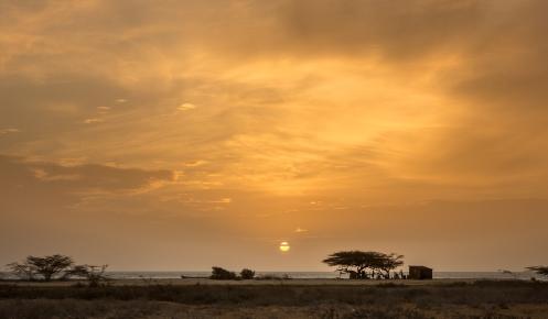 Atardece en la Guajira, sobre el mar Caribe.