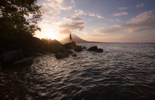 Los atardeceres en la isla de Ometepe son parte de la magia.