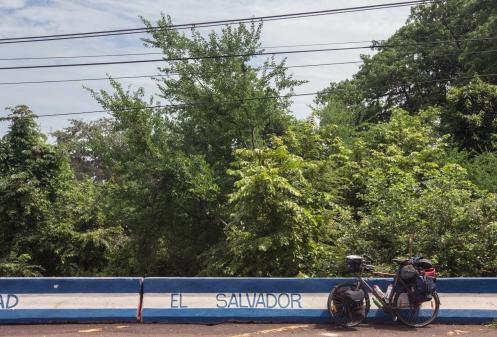 Carretera del Litoral en El Salvador