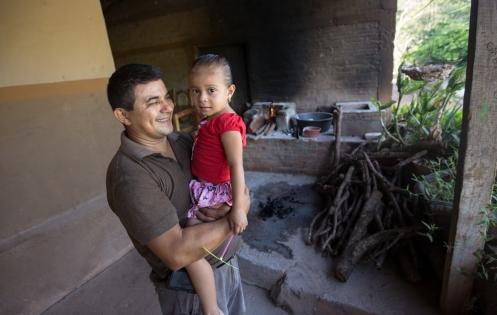 José realizó un viaje en bicicleta desde Montreal hasta su natal Salvador donde ahora vive con su familia.