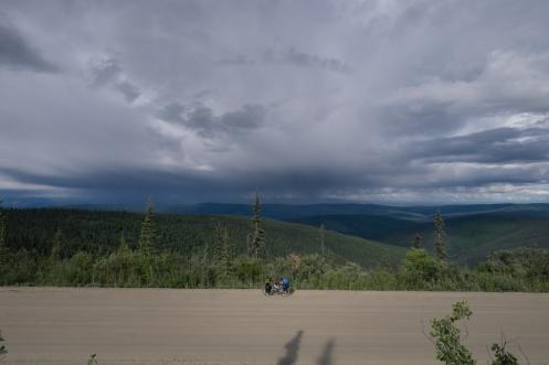 Tatatoca se queda pequeña ante estos paisajes de infinitos horizontes montañosos.