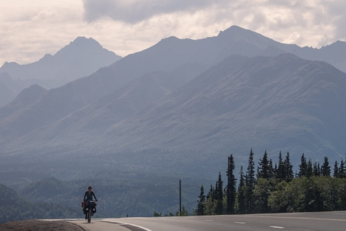 Poco a poco vamos dejando las montañas atrás.