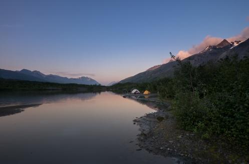 Campamento frente la laguna del Glaciar Worthington.